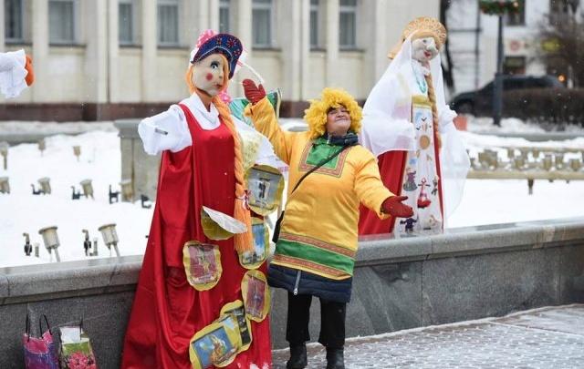 Ярославские власти дадут подарок за лучшую масленичную куклу