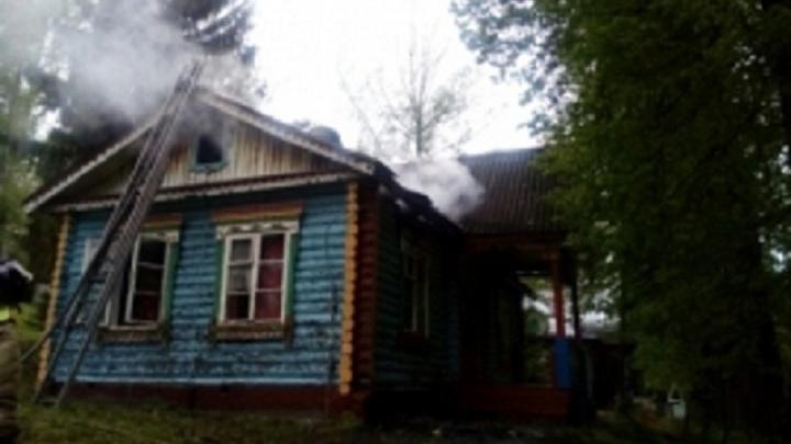 Из-за пожара в детском лагере под Ярославлем эвакуировали 226 детей