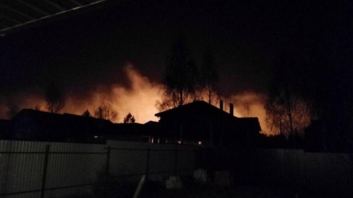 «Паника у населения напомнила Кемерово»: в МЧС заявили, что пожары вокруг Челябинска под контролем
