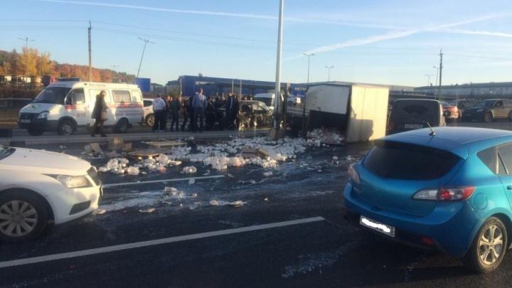 ДТП с грузовиком «молочки» на Московском шоссе: погиб 20-летний юноша