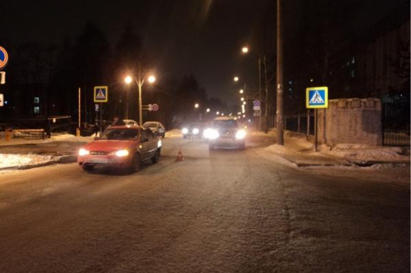 Авария произошла на Новгородском проспекте