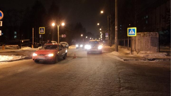В Архангельске водитель на Daewoo Nexia переломал ребра пешеходу