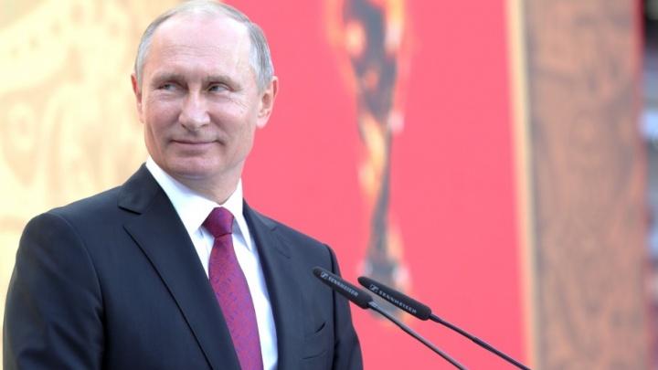 Владимир Путин посетит в Волгограде Мамаев курган, филармонию и музей
