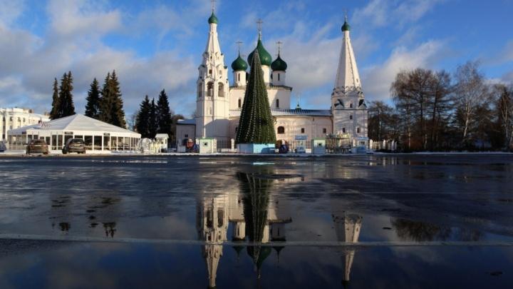 Праздник кончился: в центре Ярославля открыли проезд