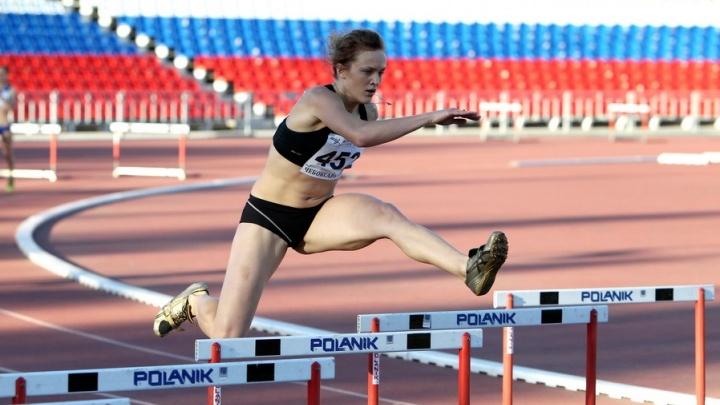 Самарская спортсменка на чемпионате России пробежала 400 метров за 56 секунд и выиграла золото