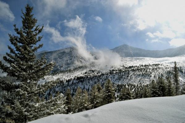 Снежный покров в горах сейчас достигает 30 сантиметров