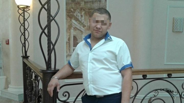 На пьяного водителя, пнувшего инспектора ДПС в центре Тюмени, завели уголовное дело