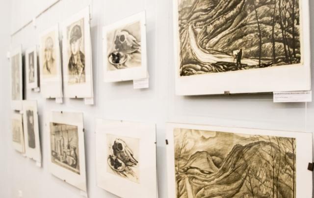 Из подарков уральских художников сложилась уникальная выставка графики