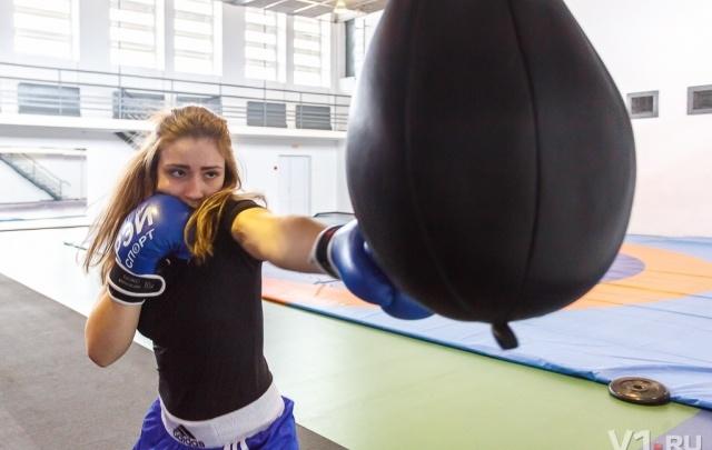 Нокаут по-волгоградски: 16-летняя Ангелина за год стала чемпионкой России по боксу