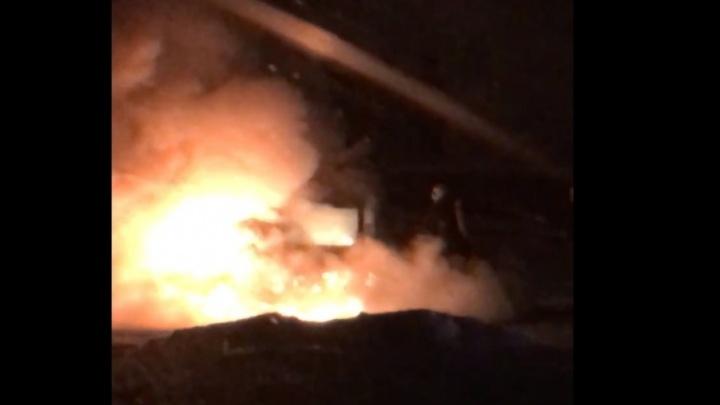 «Не Архангельск, а Гарлем»: в центре ночью сожгли «Ниссан-Кашкай»