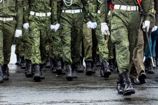 К сожалению, дедовщина в армии никуда не исчезла