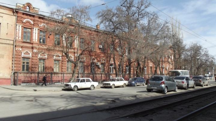 Преподаватель политеха заплатит 200 тысяч рублей за массовые взятки
