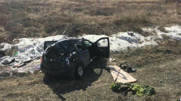 В Самарской области погиб пассажир перевернувшейся в кювет иномарки