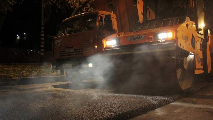 В Самаре на Красноглинском шоссе оборудуют тротуары с тактильной плиткой