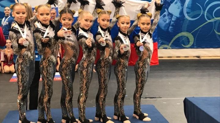 Тренировались 10 часов в день: пермячки стали вторыми на турнире по эстетической гимнастике в Финляндии