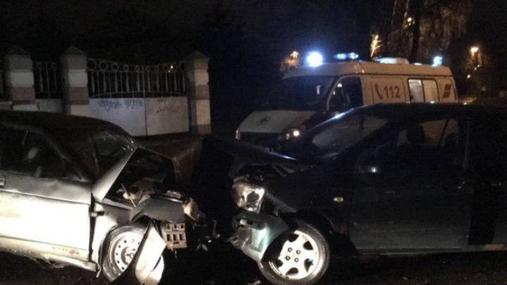 «Хёндай» и «двенашка» всмятку: ночью в Ярославской области произошло ДТП