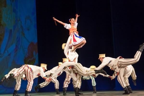 Белорусские народные танцы покорили челябинскую публику