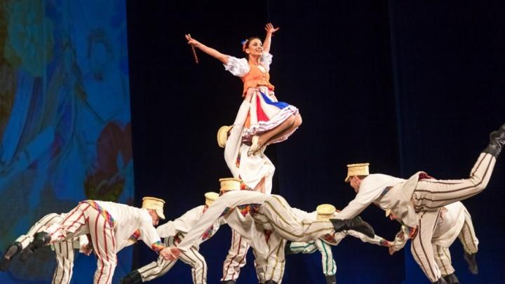 Фоторепортаж, после которого вам захочется танцевать: белорусы открыли фестиваль «Синегорье» в Челябинске