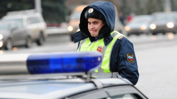 На ВИЗе сотрудники ГИБДД поймали ВАЗ без номеров, который с сентября был в угоне