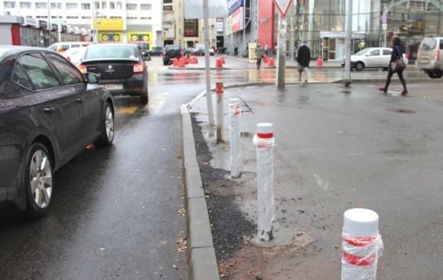 Чтобы не парковались на тротуаре: в Перми установят 600 столбиков и надолбов