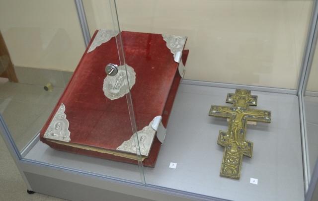 В Волгограде украли Евангелие и крест с православной выставки