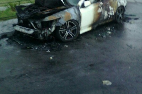 Машина сгорела за считаные минуты