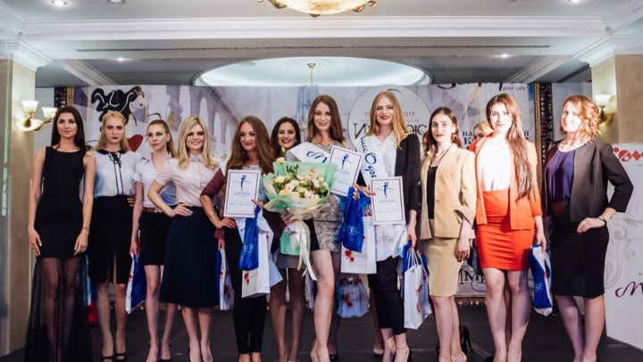 Три ростовчанки продолжили борьбу за миллион рублей в конкурсе «Мисс офис»