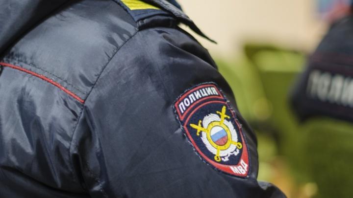 В Коряжме двоих бывших полицейских осудили за избиение задержанного