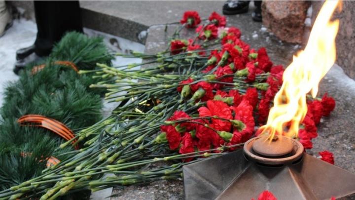 В Архангельске прошел митинг в память воинов-интернационалистов