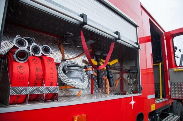 Пожарные спасти дом не успели