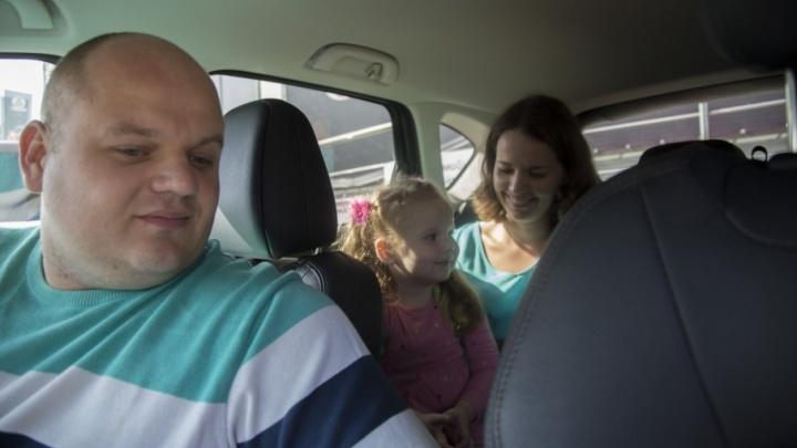 Путешествие мечты: большая семья ищет вместительный автомобиль