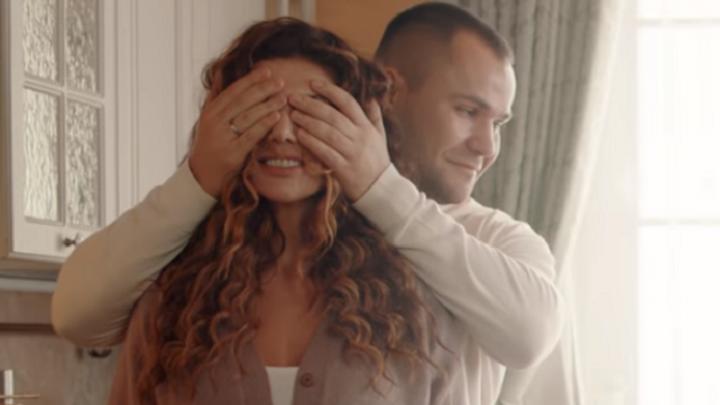 Ярославец снялся в главной роли в новом клипе Анны Седоковой из «ВИА Гра»