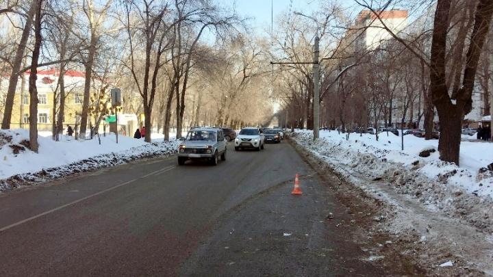 На улице Венцека водитель Geely сбил на «зебре» 12-летнюю девочку