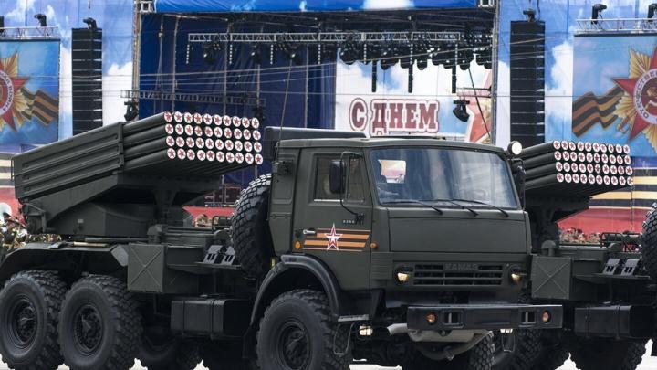 Дороги в центре Ростова перекроют из-за репетиции парада Победы