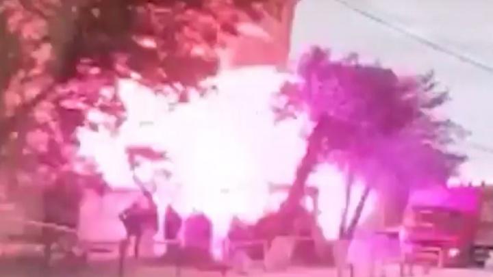 Момент взрыва дома в Волгограде попал на видео