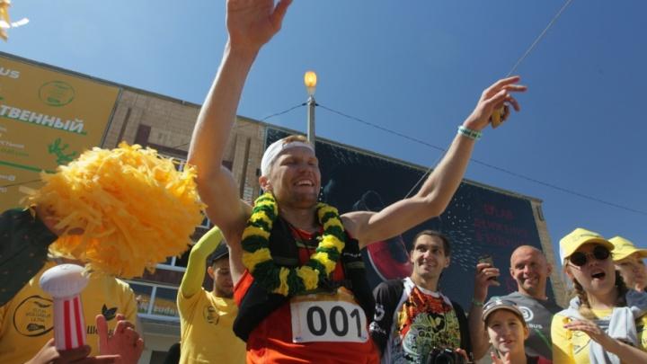 В Волгоградской области на ультрамарафоне вокруг Эльтона установили новый рекорд