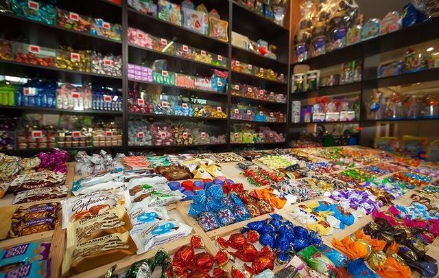 В Самаре подорожали свинина и овощи, дешевле стали сахар и конфеты