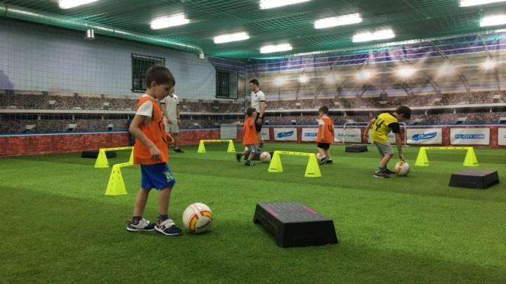 В Самаре открыли набор детей в футбольную академию