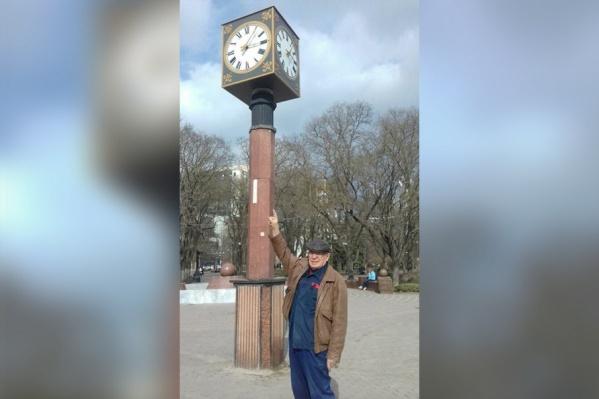 Пенсионер восьмой год просит чиновников следить за исправностью механизма