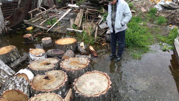 «Скоро поплывём»: частные дома в Ленинском районе снова начало топить