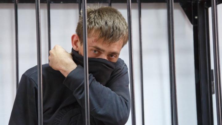 В Волгограде обвиняемый в убийстве разведчика пошел под суд