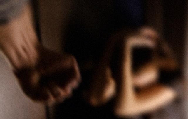 Сажал сыновей на цепь: жителю Оханска дали три года за истязание детей