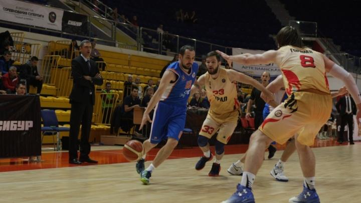 «Игра была нервозной»: баскетбольный клуб «Самара» разгромил «Урал» в первом матче Суперлиги
