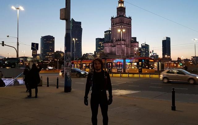 Бегущий из Волгограда в Берлин марафонец добрался до Варшавы
