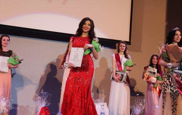 В Волгограде «Мисс Студенчество – 2017» покорила жюри акробатическими трюками