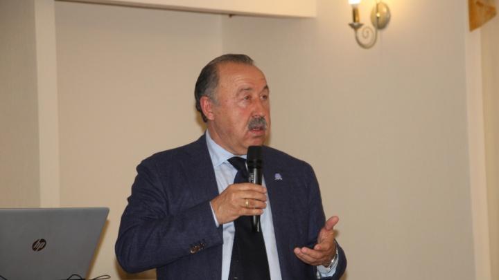 Валерий Газзаев обсудил с губернатором Поморья развитие местного спорта