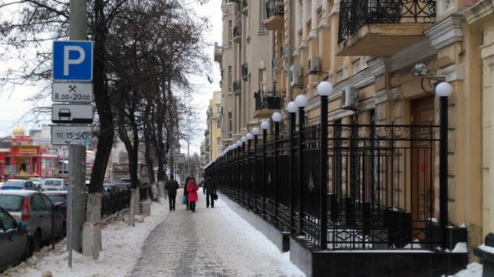 Ростовские чиновники сообщили, что не давали своего согласия на установку ограждения вокруг штаба ЮВО