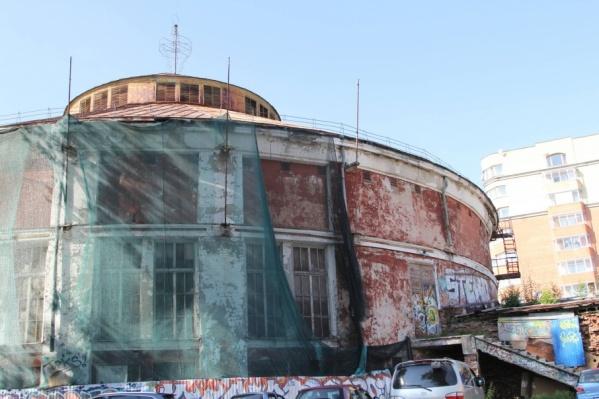 Новый универсальный комплекс собираются возводить на месте старого здания цирка