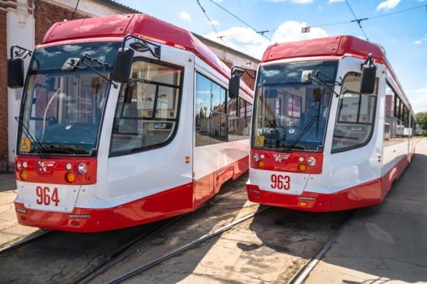 Трехсекционным вагонам будут помогать «коллеги» с городских маршрутов