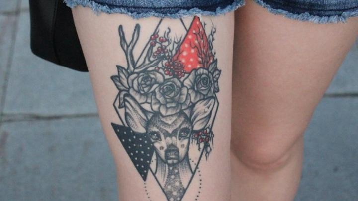 Вся Россия бьёт тату с надписями, а тюменцы — с оленями